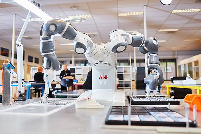 Bij ons werken mens en machine naadloos samen